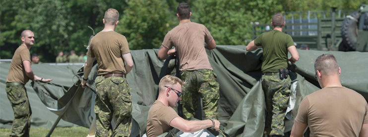 Canadian army build Camp on US Border for Asylum Seekers