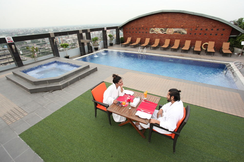 Grandiose Restaurant, Dhaka Regency Hotel & Resort