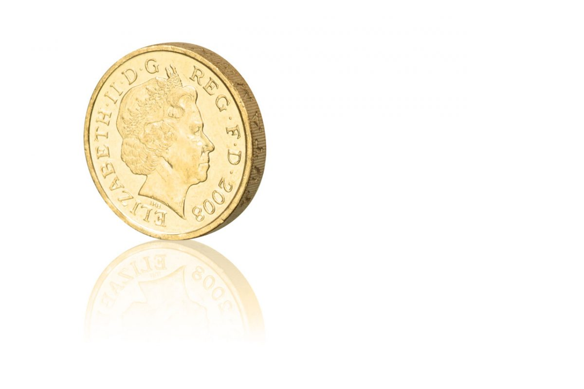 Businesses to accept old pound coin after deadline