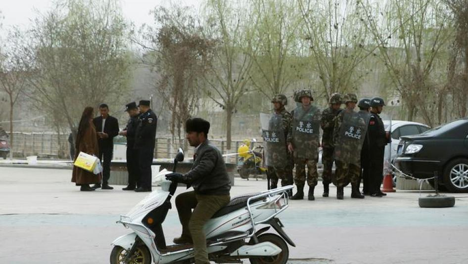 Authorities In Xinjiang Collecting DNA From All Residents