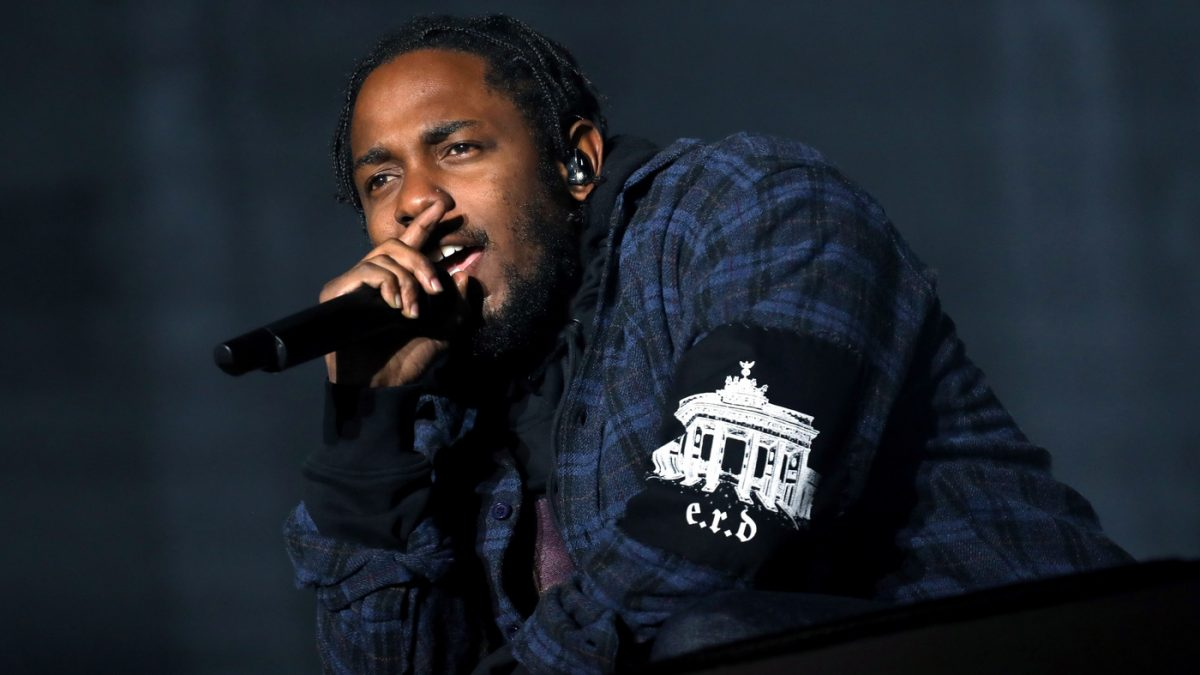 Kendrick Lamar Saw a UFO but Nobody Believes Him