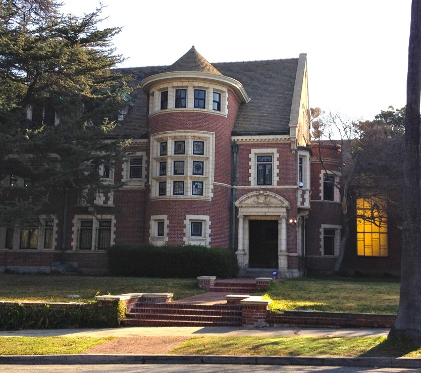 The Owners of the American Horror Story's House Start a Legal Battle