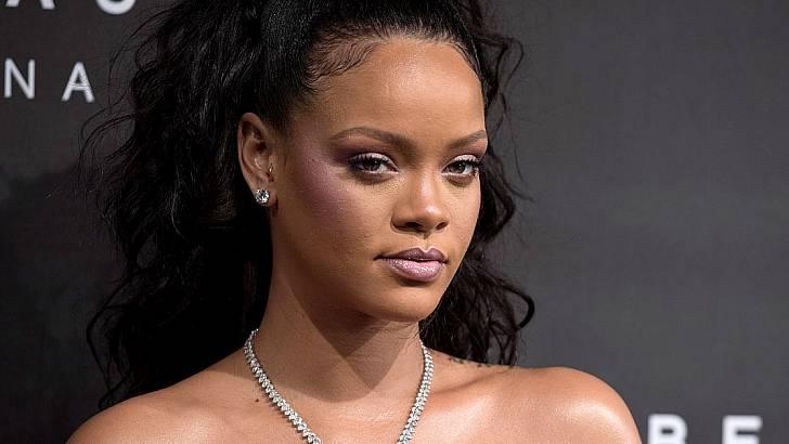 Rihanna Condemns Snapchat  Ad for Shaming Domestic Violence Victims