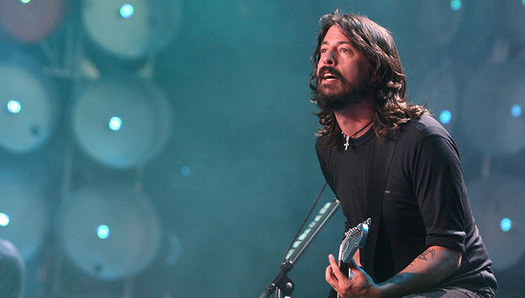 """Dave Grohl Confesses that He """"Still can't Listen to Nirvana"""""""