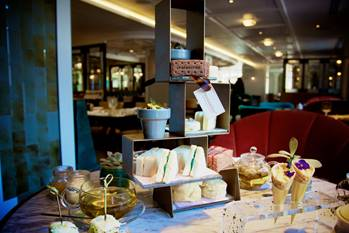 UK's First ENTIRELY Chocolate Afternoon Tea!!