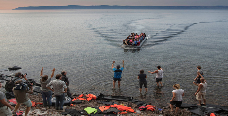 Lesbos: Aid Project Unites Locals and Migrants