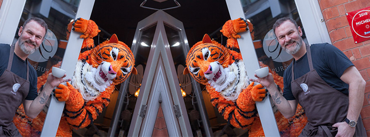 The Tiger Who Came to Tea surprises Michelin Star Restaurant!