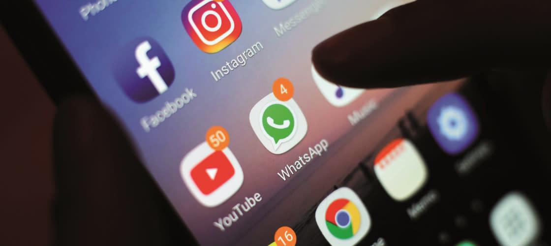 Tia Talks: Harmful Social Media Habits