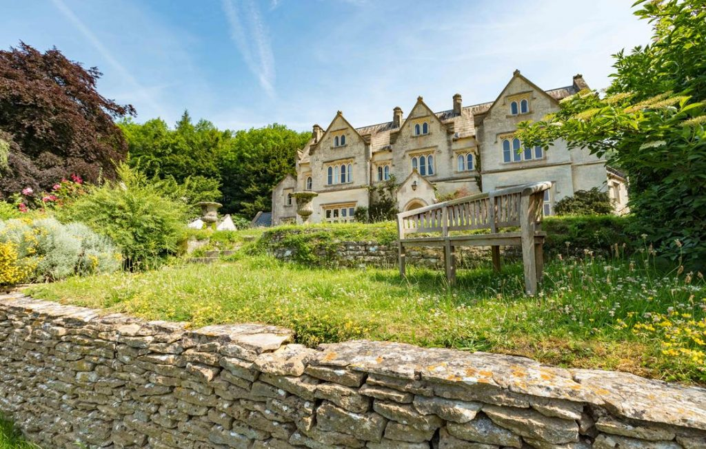 UK RETREATS IN THE COTSWOLDS