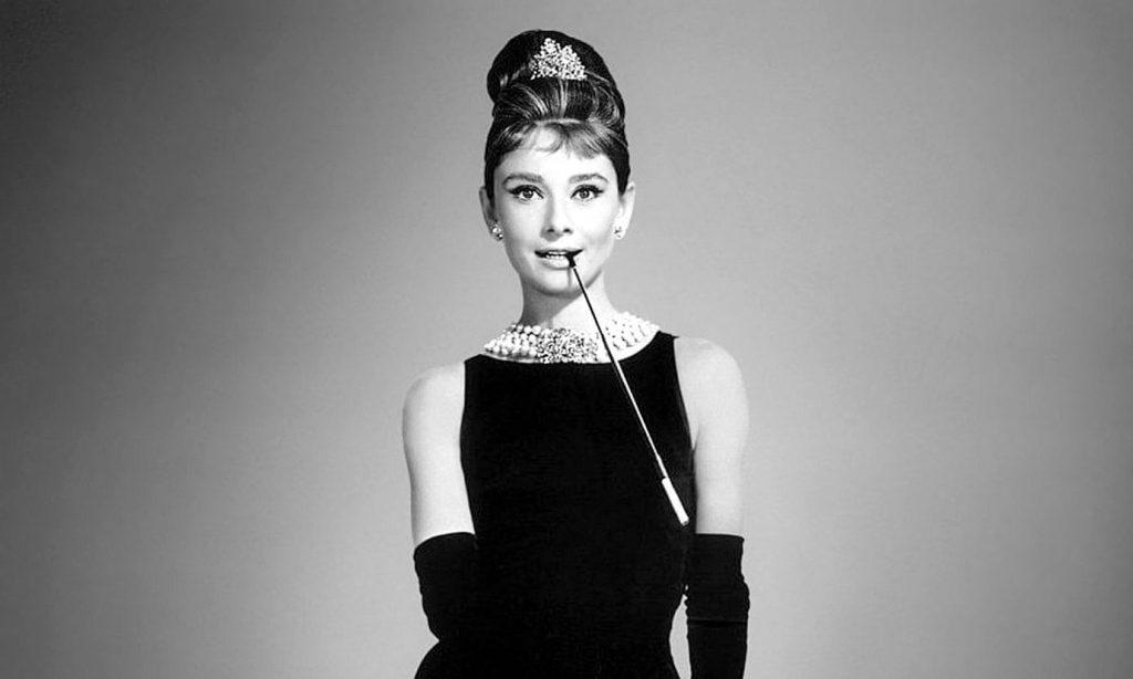 Audrey-Hepburn-as-Holly-Golightly