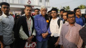 Muhammed Zafar-Iqbal with his Fans